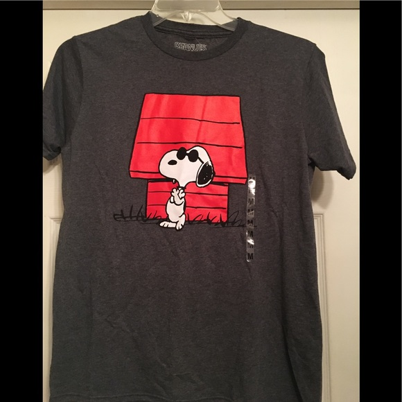 f2f9c56ad Peanuts Shirts | New Medium Snoopy Of Gray T Shirt | Poshmark